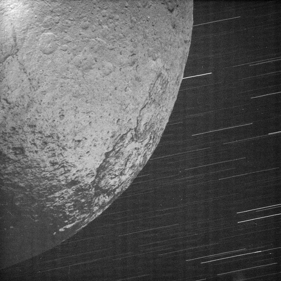 2004 image of Iapetus illuminated by Saturn
