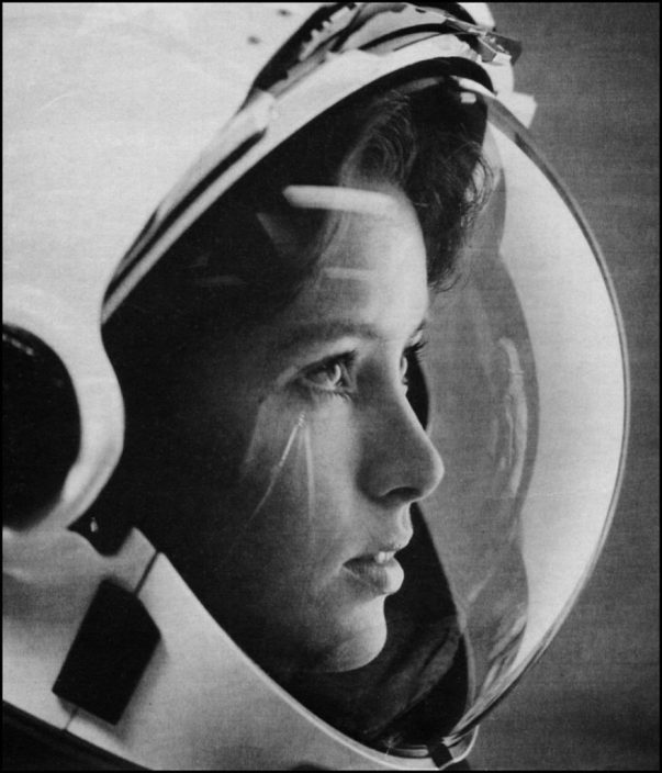 Anna Lee Fisher in 1980