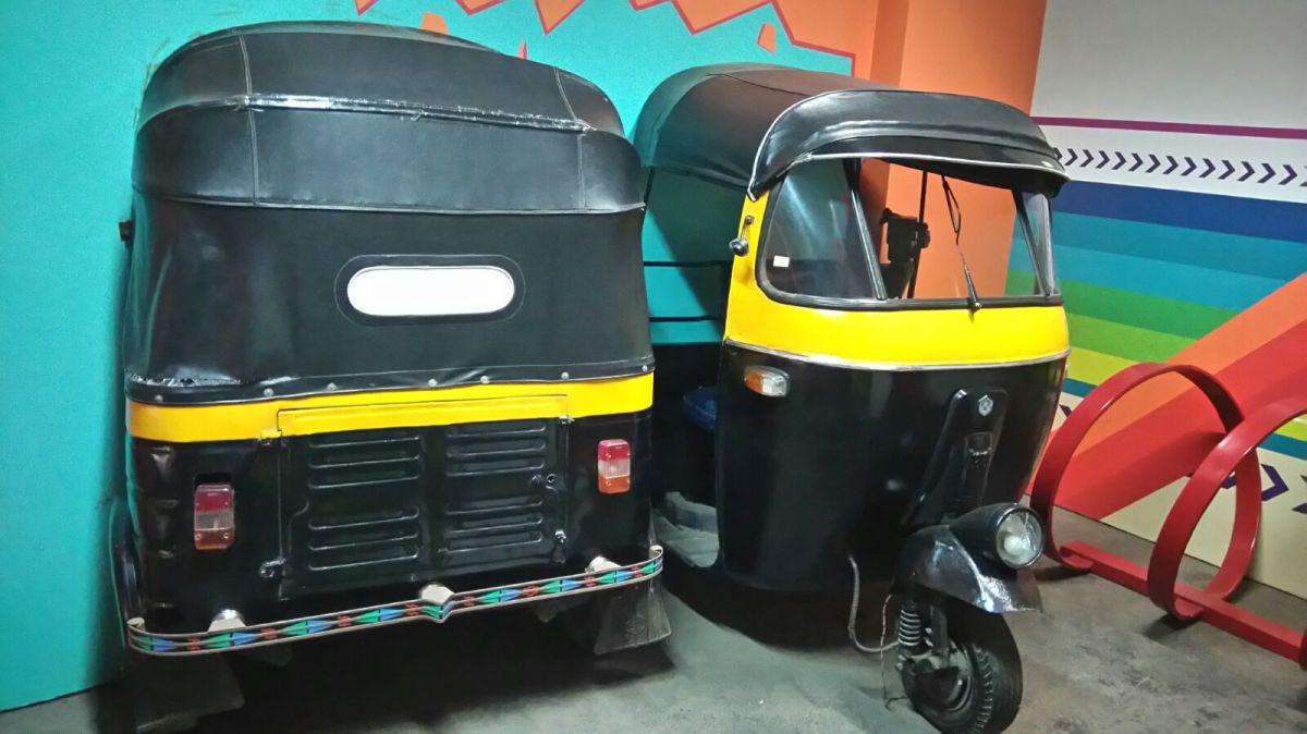 Floor with street theme 5 - Actual auto rickshaws