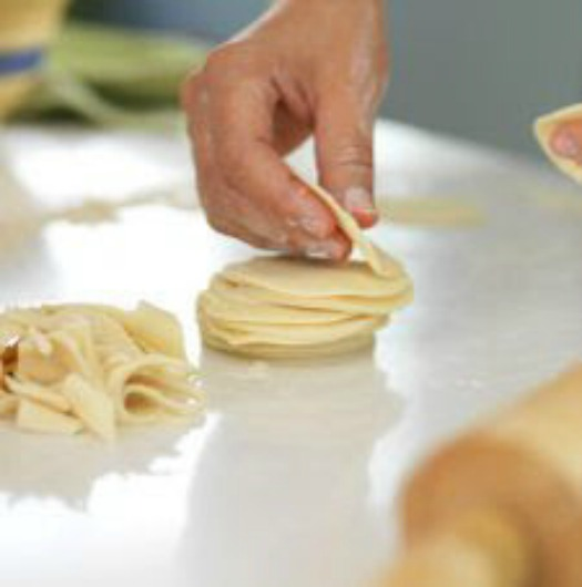 Give your Littlest Loves a Sweet Treat! Make them Pie Pops!