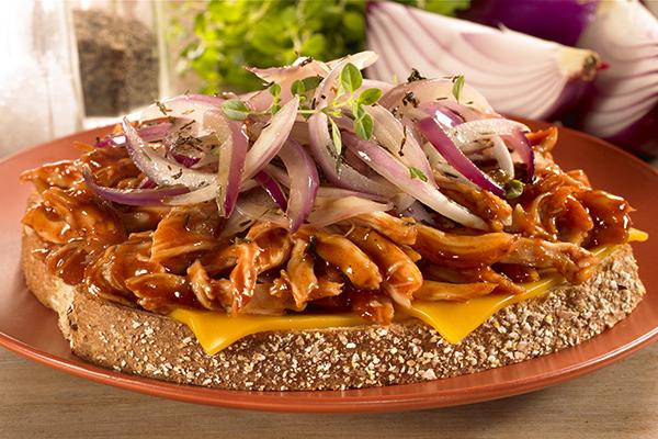 Recipe for BBQ Chicken-Cheddar Sandwiches