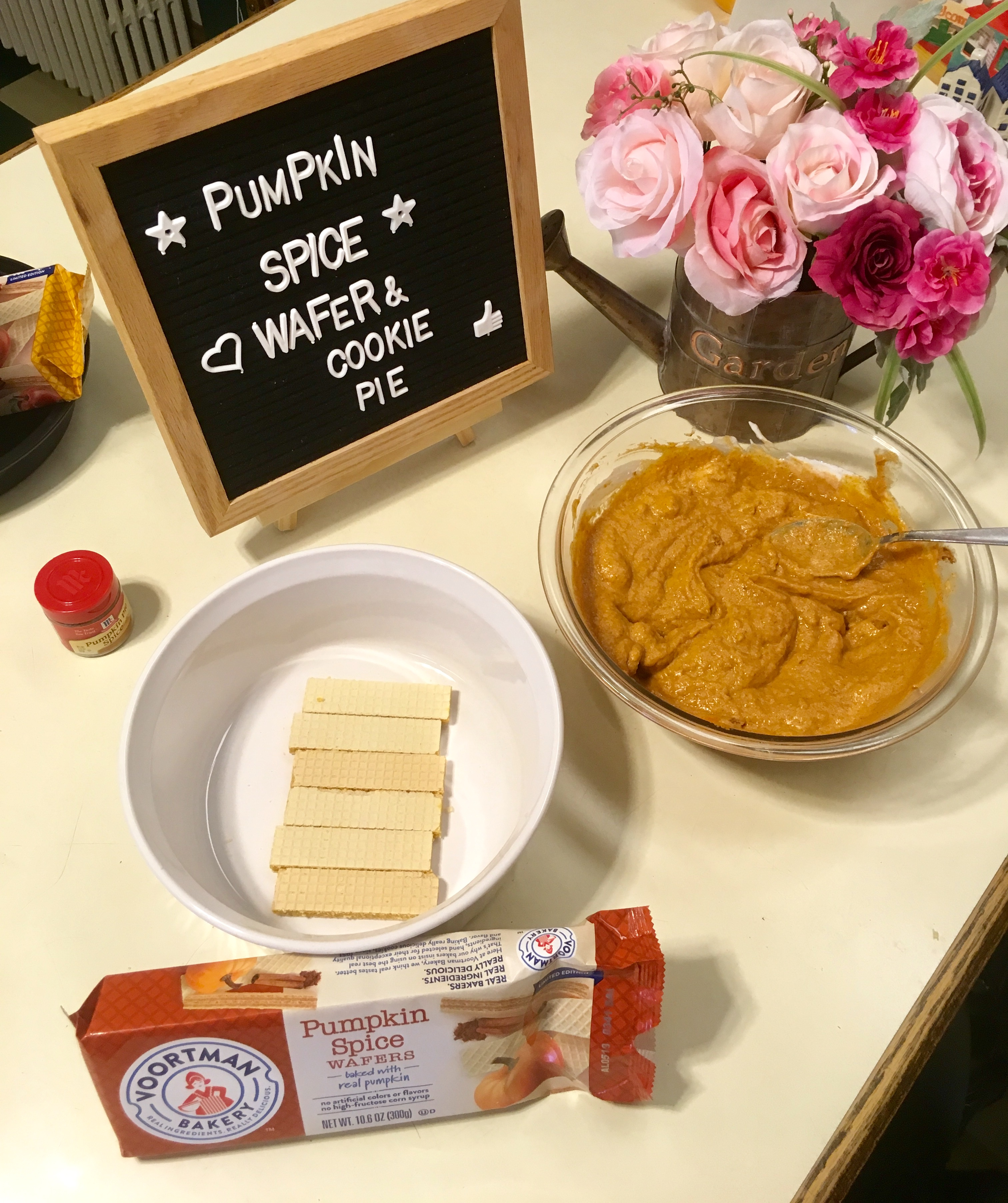 No Bake Pumpkin Spice Wafer and Cookie Pie