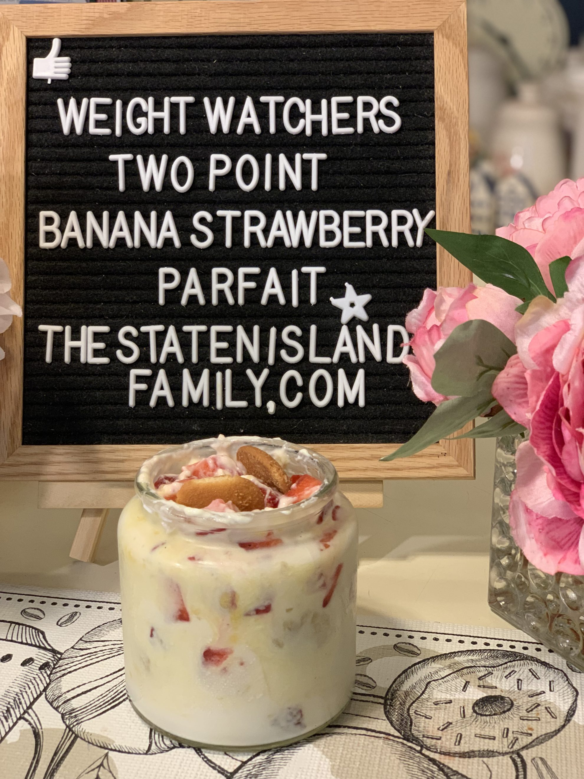 This entire jar -yes you read that right!-is Just two points!! the perfect jumbo parfait minus the guilt and a total dessert favorite that screams summer!! https://www.thestatenislandfamily.com/weight-watchers-no-bake-strawberry-banana-parfait-two-points-per-serving/