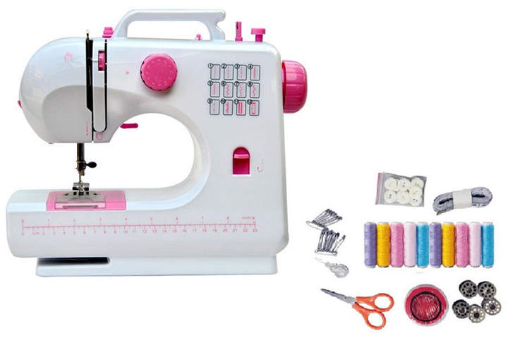 Enjoy making clothes, crafts, and more with the Lss-506+ 12-stitch desktop sewing machine. The Lss-506+ combo pack comes with a bonus small sewing kit with needles, thread, bobbins, and other basic sewing supplies to get you started.