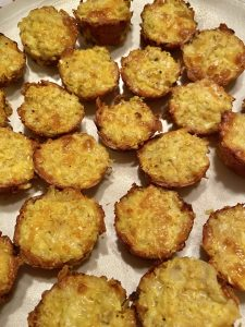 Baked Cauliflower Mini Muffin Tots - Six tots are three points on Weight Watchers Blue