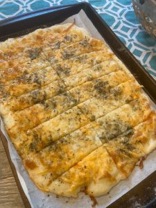 Easy Cheesy Breadsticks - Two points each on Weight Watchers Blue