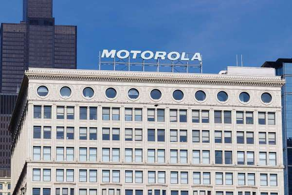 Motorola Razr foldable 2019 probably to launch before this fall: Reports