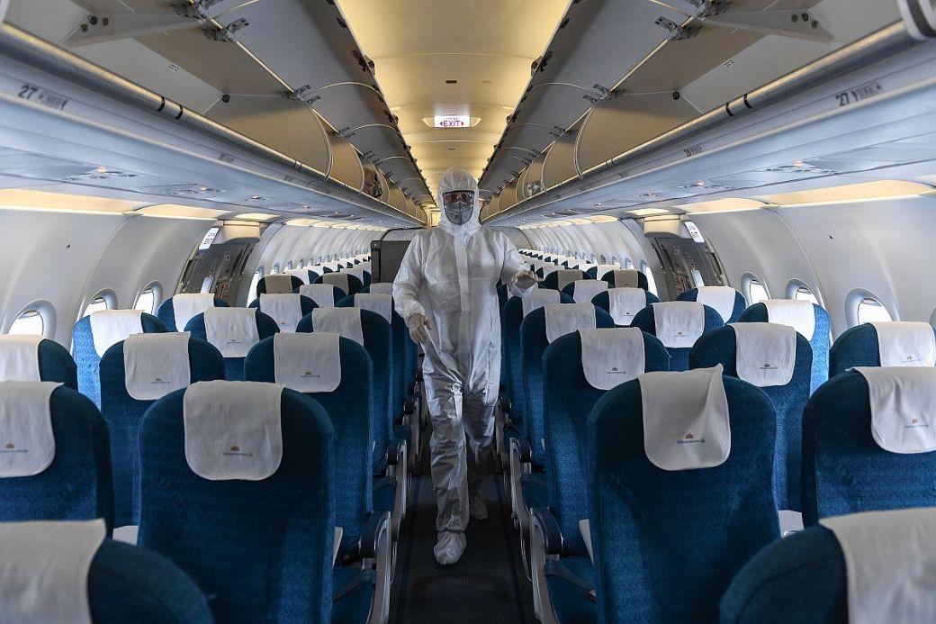 Air India, IndiGo crew told to self quarantine as 2 fliers test ...