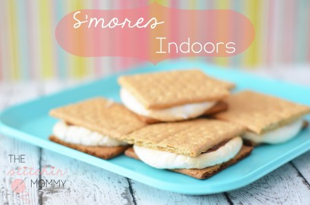 Make S'mores Indoors by The Stitchin' Mommy www.thestitchinmommy.com