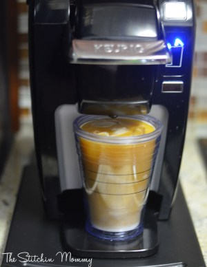 How to Make Iced Coffee with Keurig Brew Over Ice and Dulce de Leche Iced Coffee Recipe www.thestitchinmommy.com