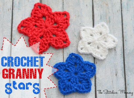 Crochet Granny Stars www.thestitchinmommy.com