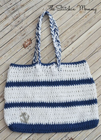 Crochet Nautical Handbag www.thestitchinmommy.com