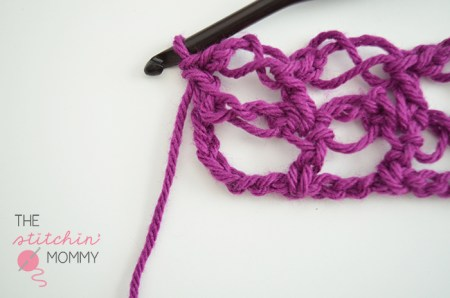 Let's Learn a New Stitch! - Solomon's Grid Stitch Tutorial | www.thestitchinmommy.com