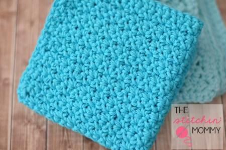 Easy Textured Washcloths - Two Free Patterns | www.thestitchinmommy.com #washcloth #spa #wash #bath #spaday #textured