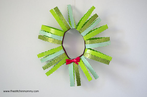 Paper Christmas Wreath with Scotch® Brand Expressions and Create #CraftAmazing