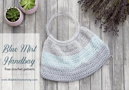 Blue Mist Handbag - Free Crochet Pattern   www.thestitchinmommy.com