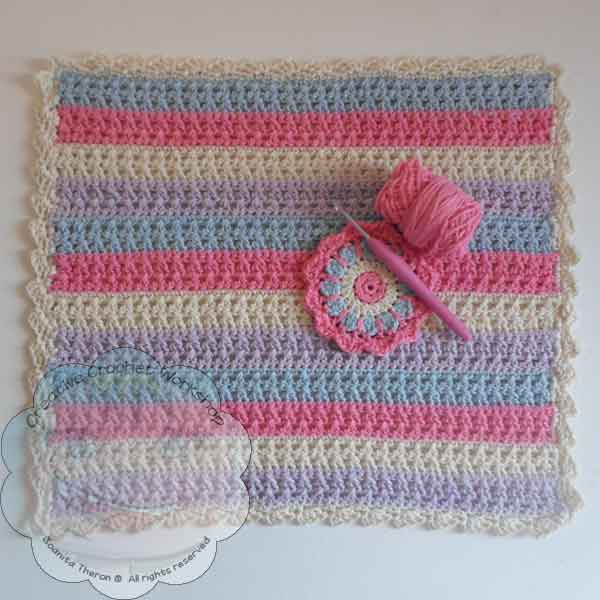 Striped Crossed Stitch Placemat - Free Crochet Pattern by Creative Crochet Workshop Contributor Post for The Stitchin' Mommy | www.thestitchinmommy.com