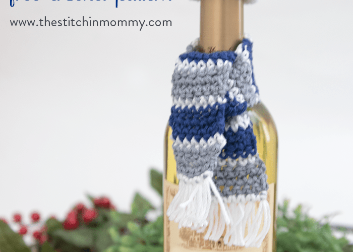 Holiday Wine Bottle Hat and Scarf Cozy – Free Crochet Pattern #HolidayBlogHop2017
