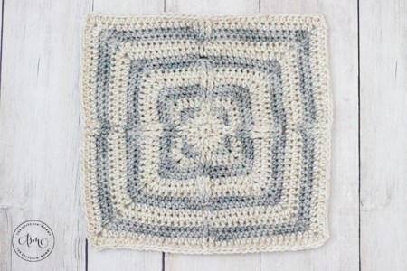 Limitless Afghan Square - Free Crochet Pattern | www.thestitchinmommy.com #OptionsCAL #CALCentralCrochet