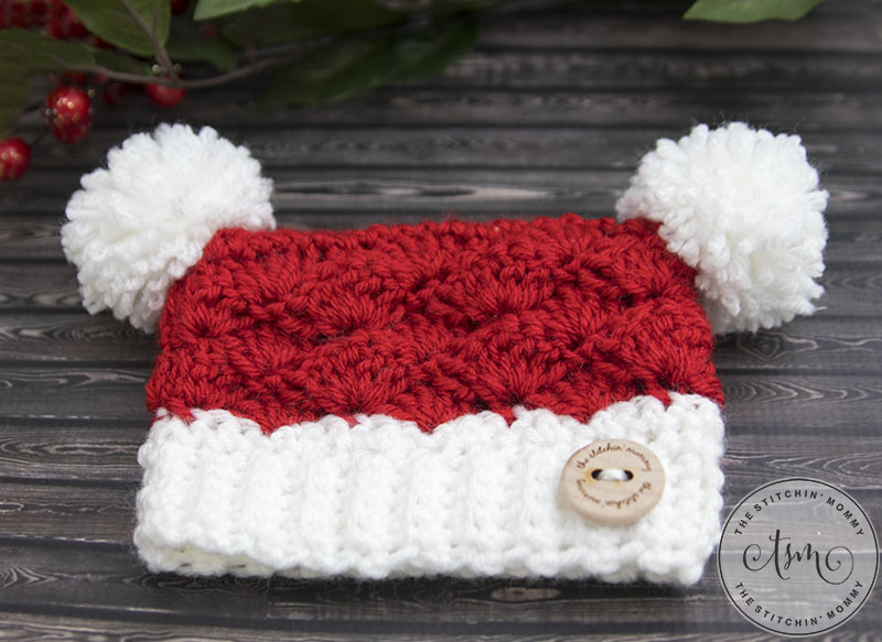Little Santa Sack Hat - Free Crochet Pattern in 8 Sizes | www.thestitchinmommy.com