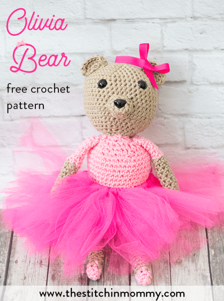 Olivia Bear - Free Crochet Pattern | www.thestitchinmommy.com #CALCentralCrochet