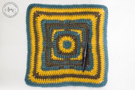 """Shooting Star 12"""" Afghan Square - Free Crochet Pattern 
