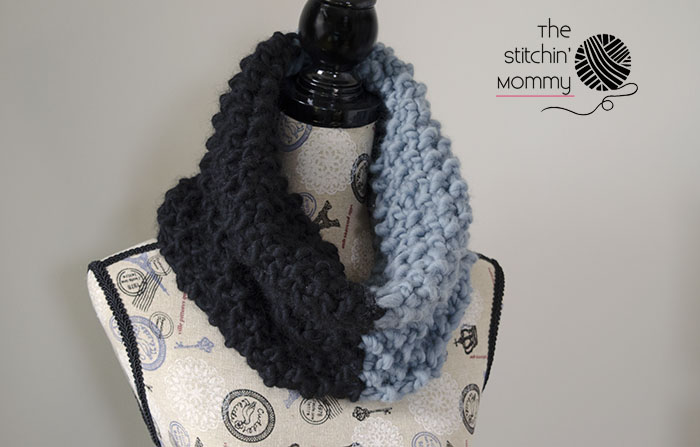 Color Block Cowl - Free Knit Pattern - The Stitchin Mommy