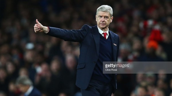 Arsene Wenger, manager of Arsenal gives the thumbs up during the Barclays Premier League match between Arsenal and Manchester City at Emirates Stadium on December 21, 2015 in London, England.