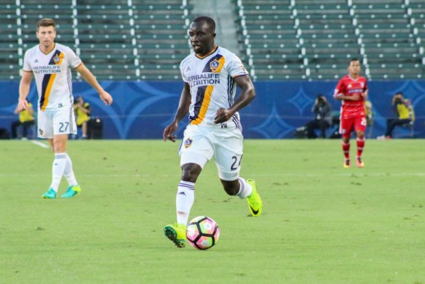 Emmanuel Boateng during LA Galaxy's 2-1 loss to FC Dallas in the U.S. Open Cup semifinals
