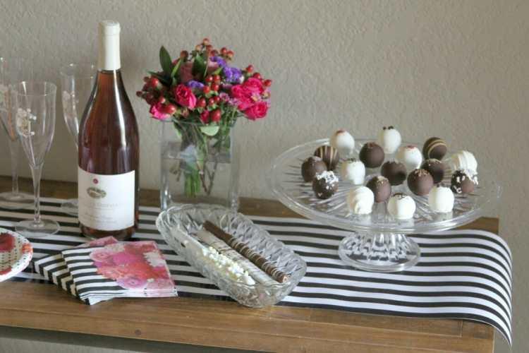 Dessert Table Decorations