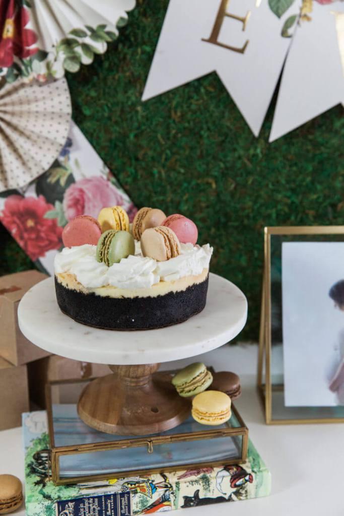 macaroon cheesecake