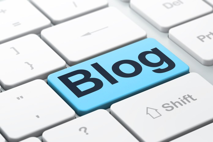 Blogging News Stories as They Happen