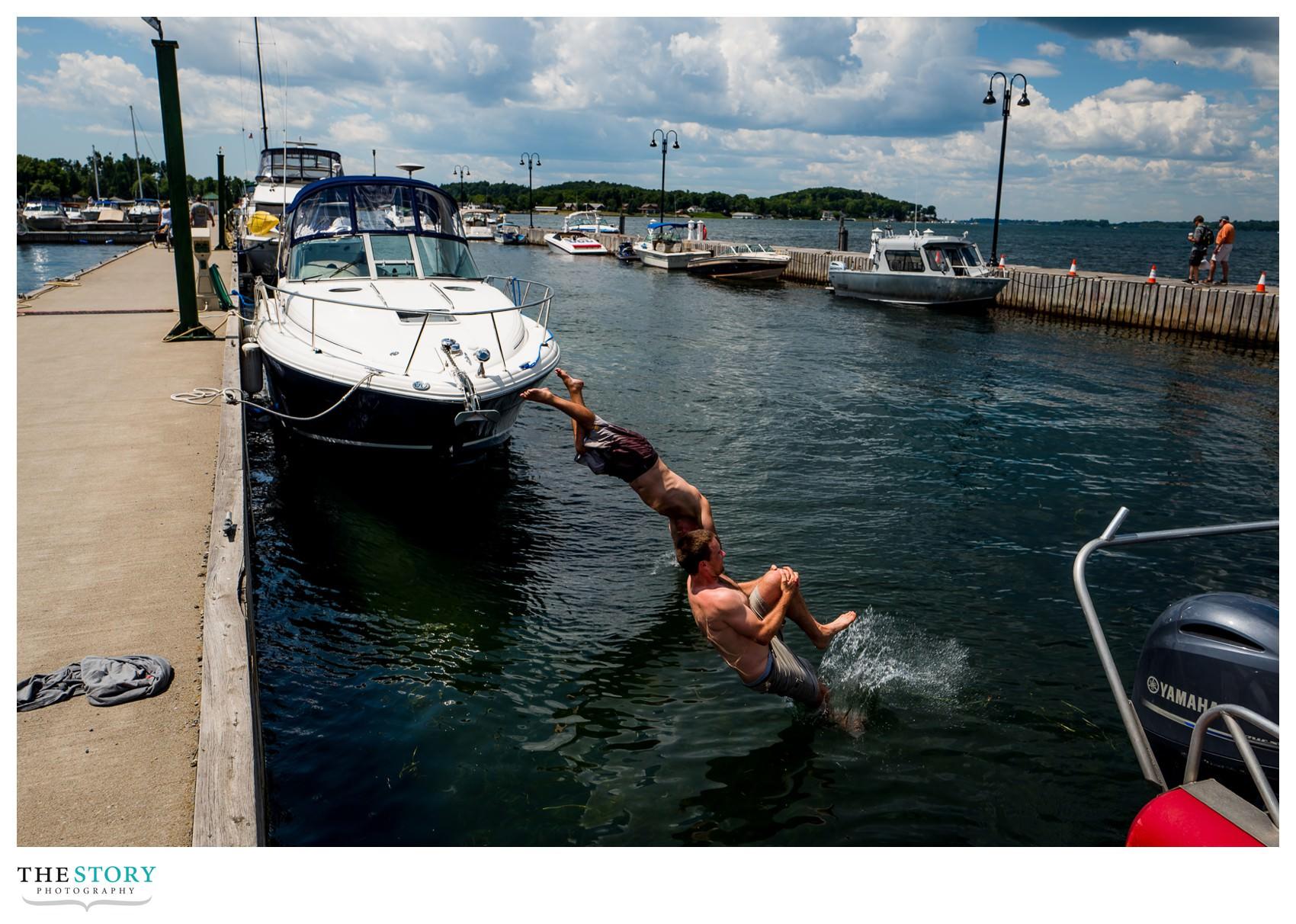 Lauren Amp Caseys Clayton Antique Boat Museum Wedding