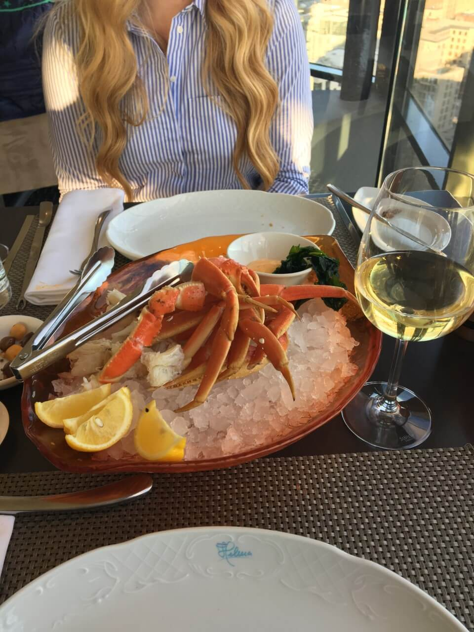 crabe-portus-360-restaurant