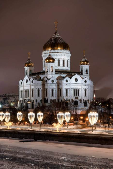 cathedrale-russie-nuit