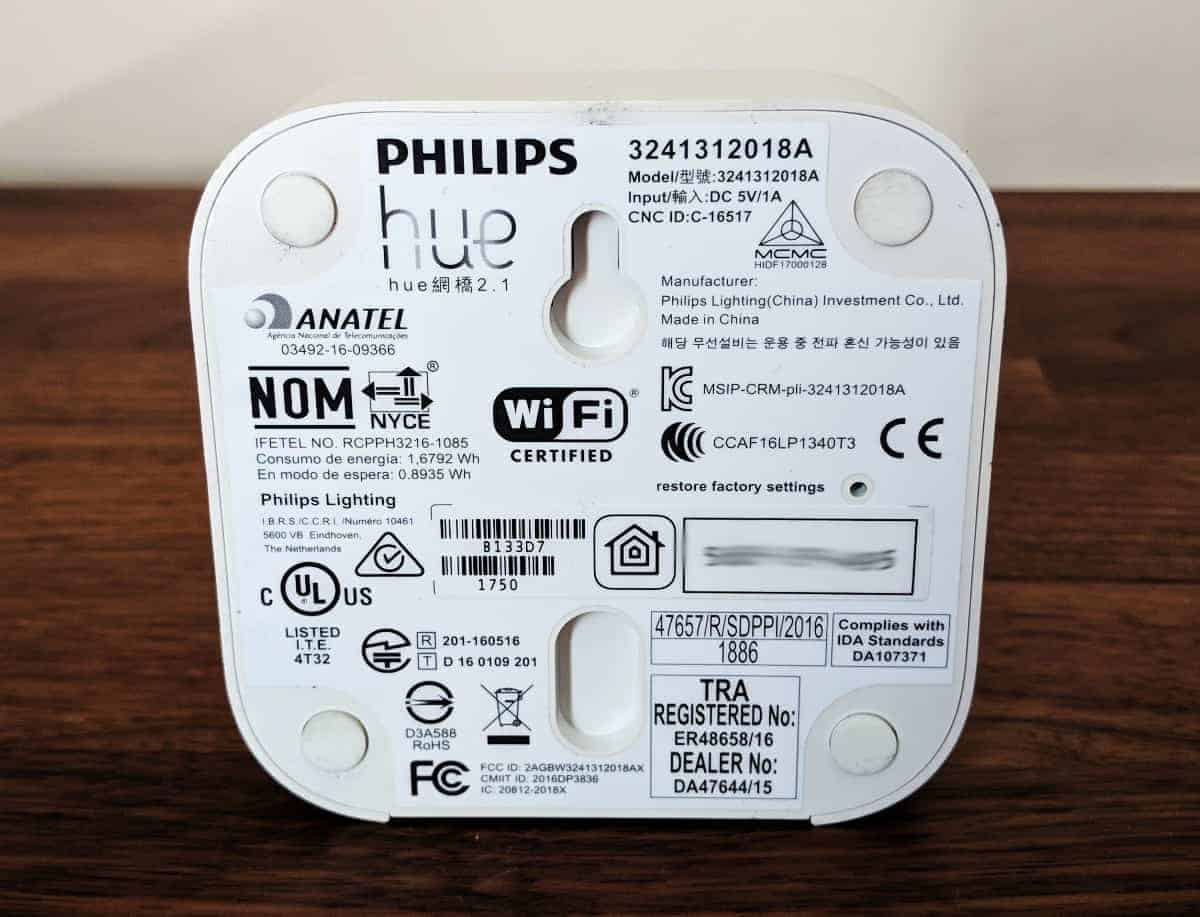 Philips-Hue-Starter-kit-Photos-15 Philips Hue Review Part 2