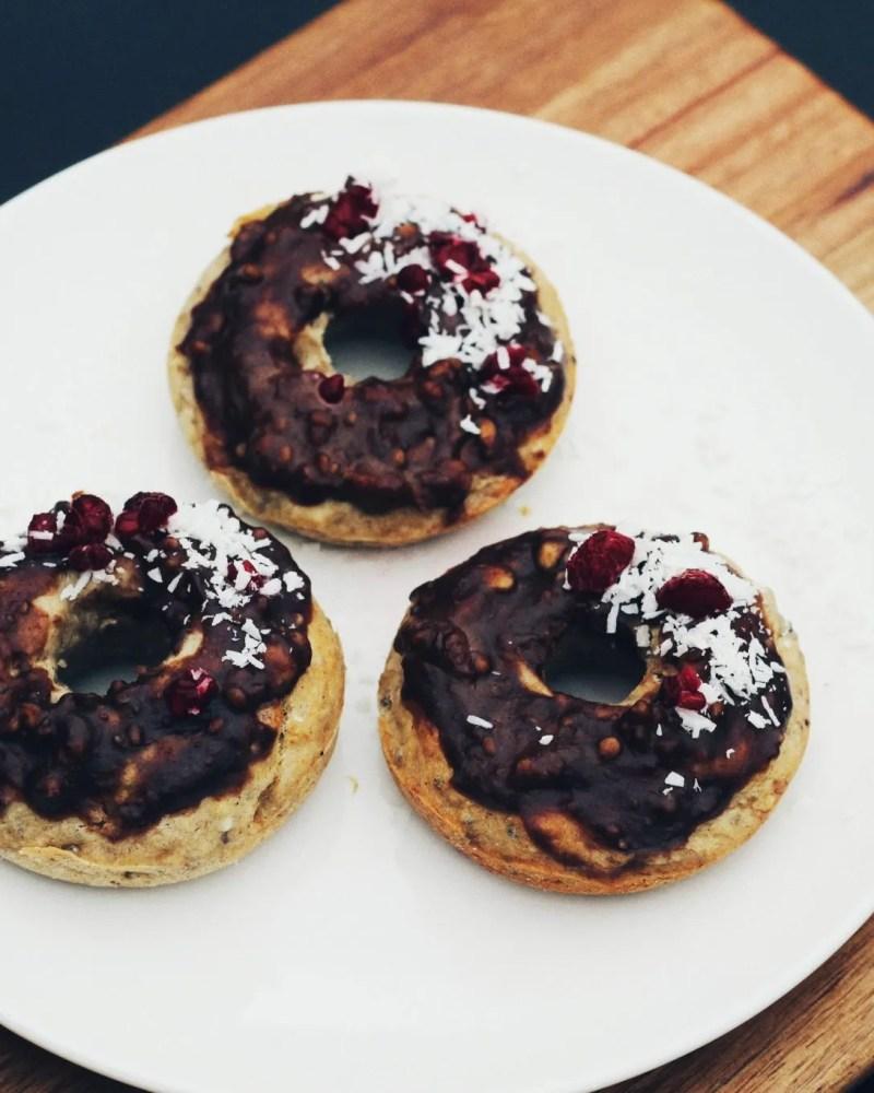 Romantic person - vegan donut dessert - The Style of Laura Jane