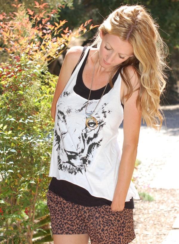 WildlifeWorks Lion Tank