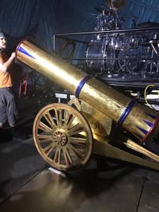 the canon that fires confetti