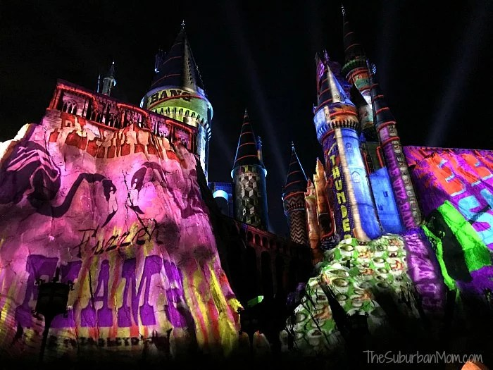 The Magic Of Christmas At Hogwarts Castle Light Show