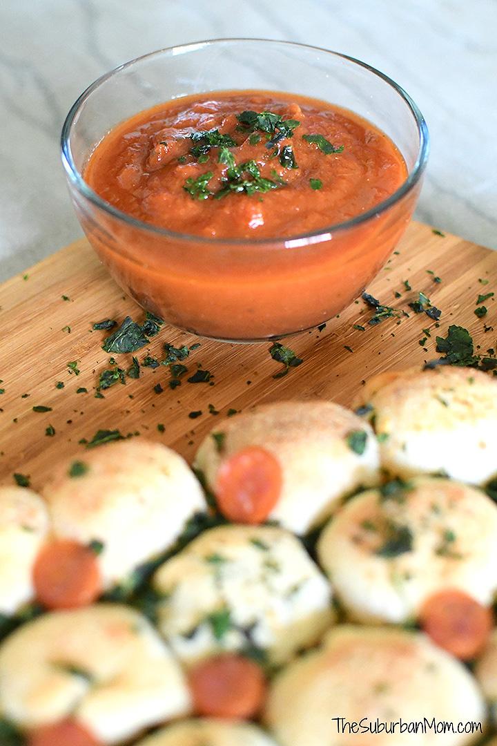 Marinara Sauce and Cheesy Bread