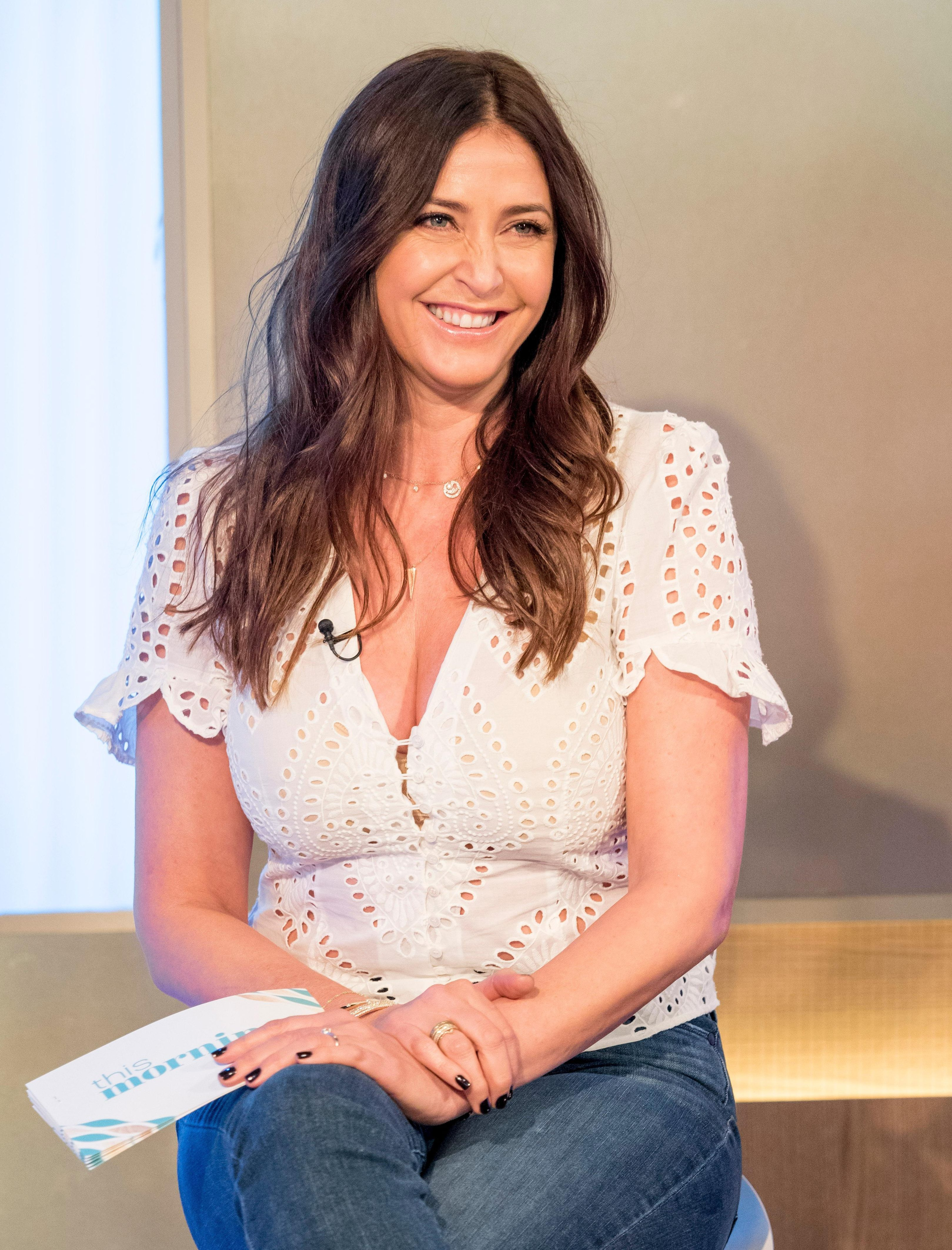 Lisa snowdon and george clooney dating contract