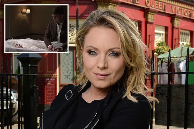 EastEnders fans confused about Roxy Mitchell as episode focuses just