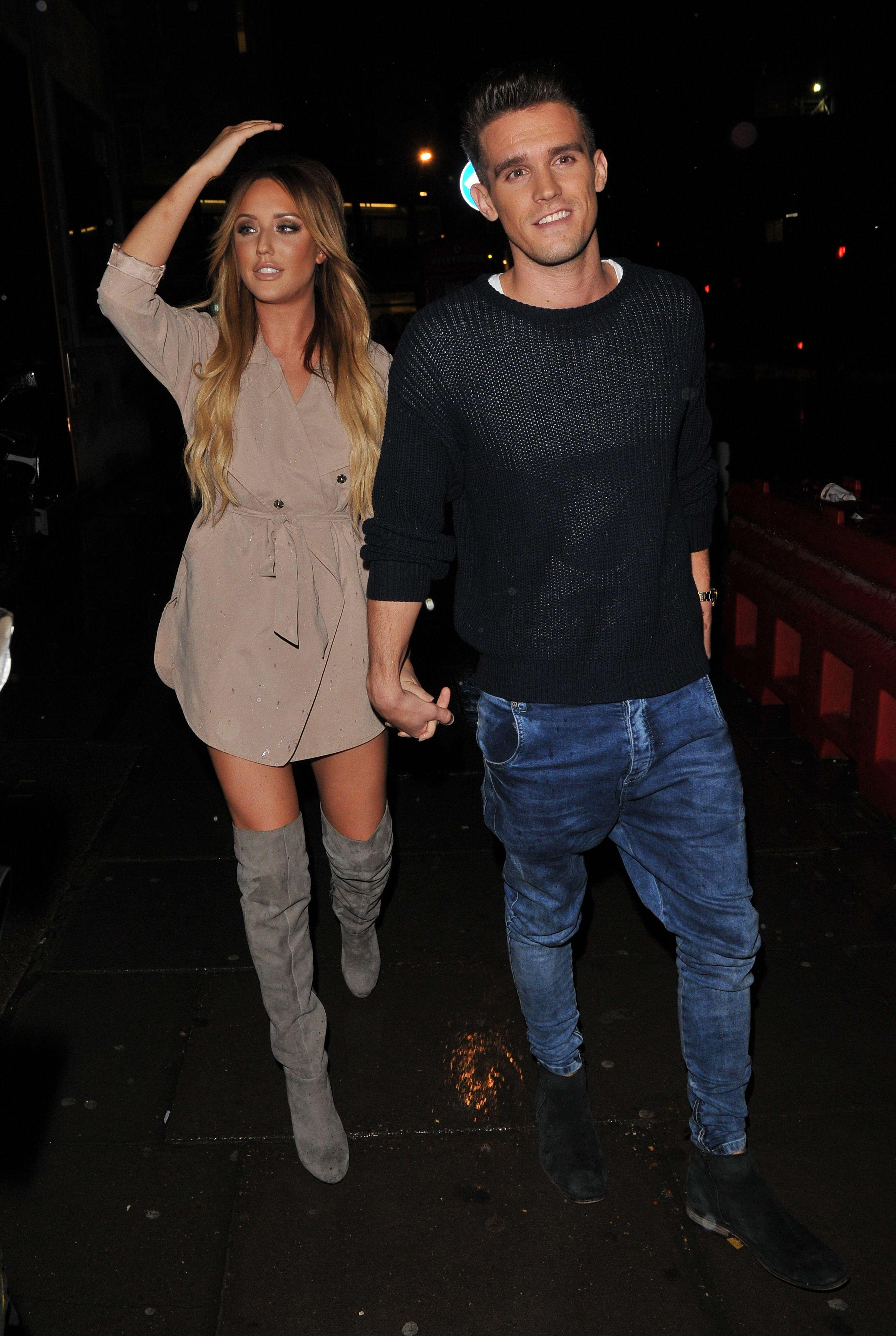 Charlotte and gaz dating cancun