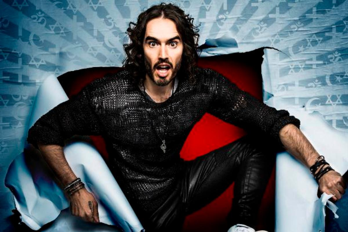 girls-russell-brand-naked-pic