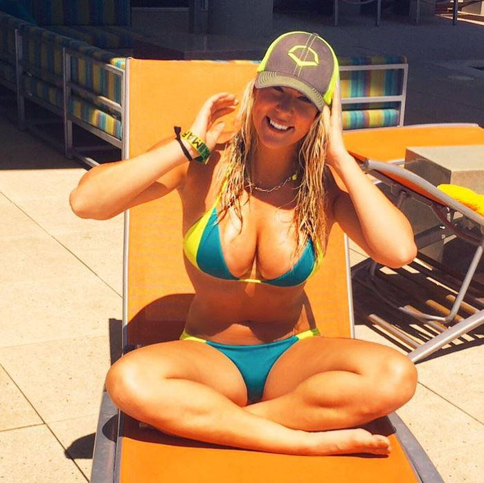 Kelley Cahill is no stranger to flaunting her figure on Instagram