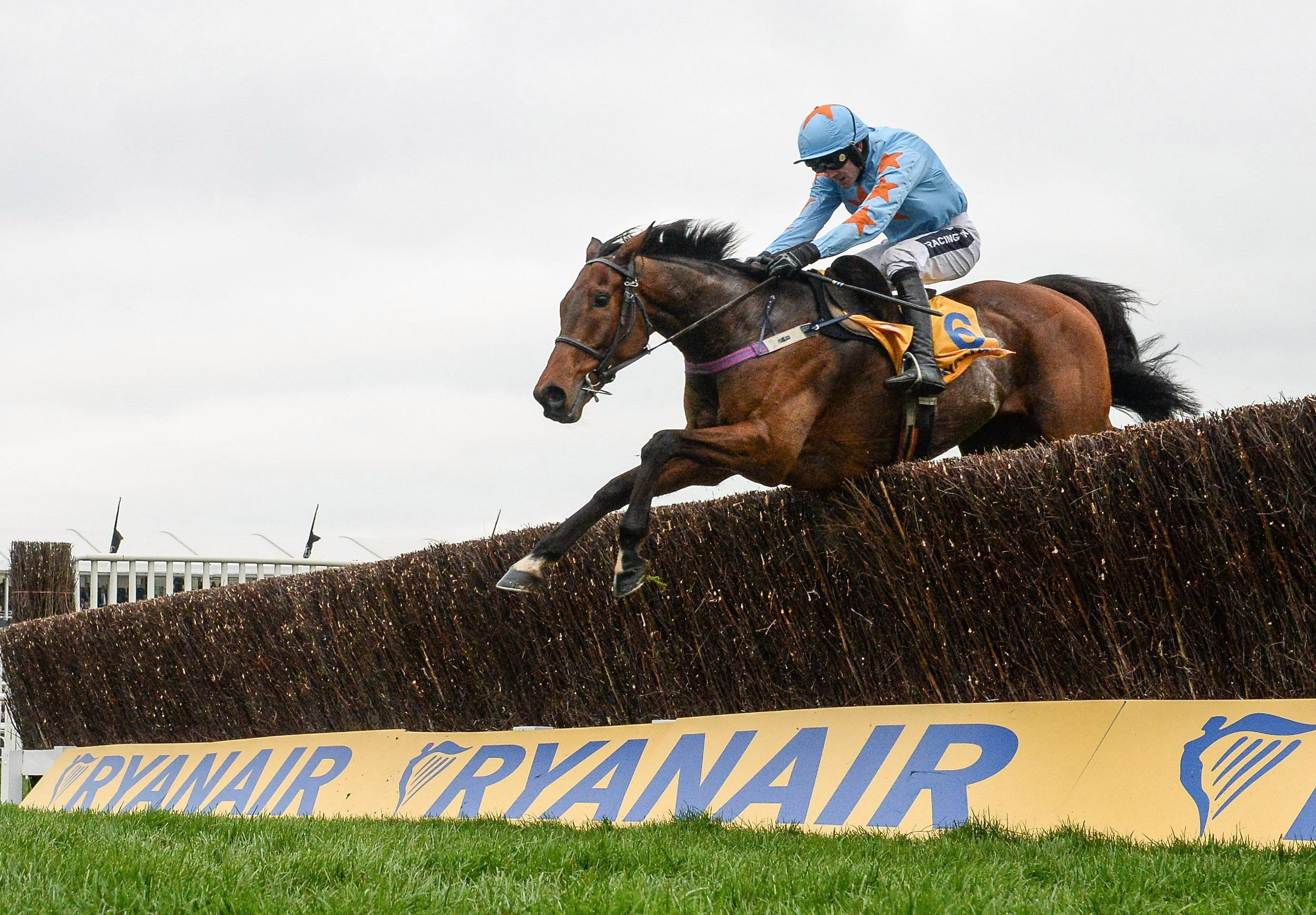 Un De Sceaux is seeking a third win in the Clarence House Chase