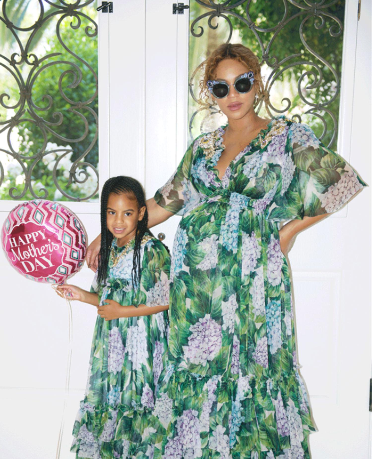 their newborn twins rumi and sir carter
