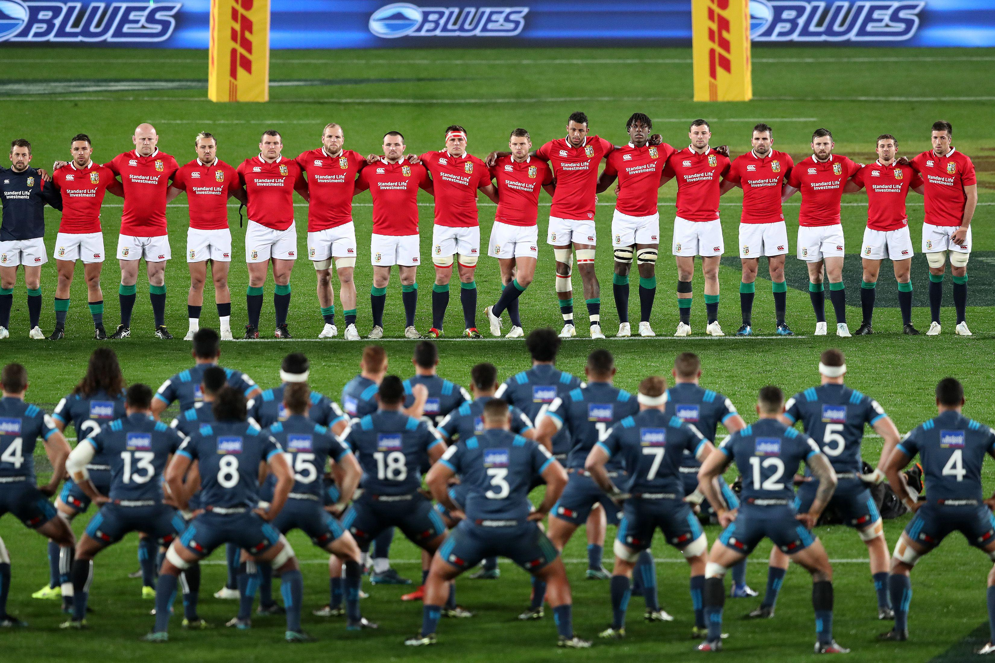 The Lions adopted a traditional approach to the Haka last tour, standing together and binded by their arms