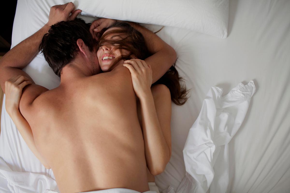 В постели жена для мужа кем должна быть видео, порно с немками в ванной